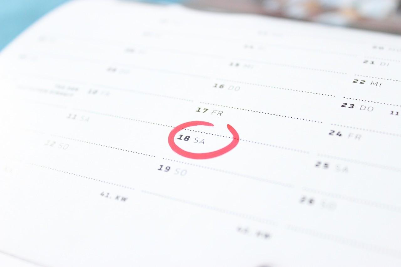 試験日に印をつけたカレンダー